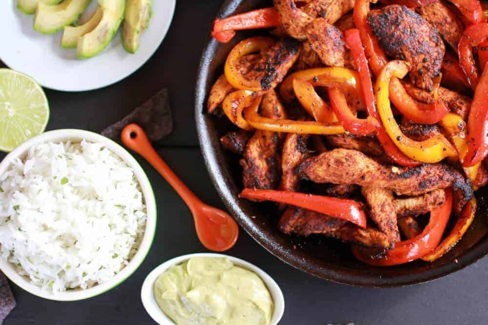 Fiesta Chicken + Cilantro Lime Rice Fajita Bowl with Avocado Chipotle Crema-2