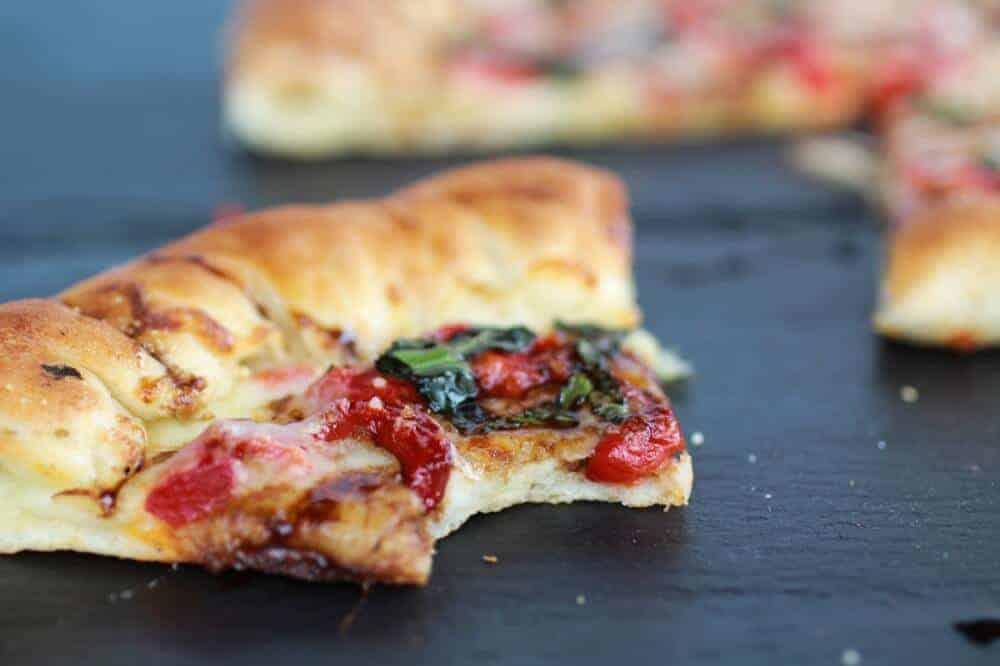 Green Olive Pesto Pizza