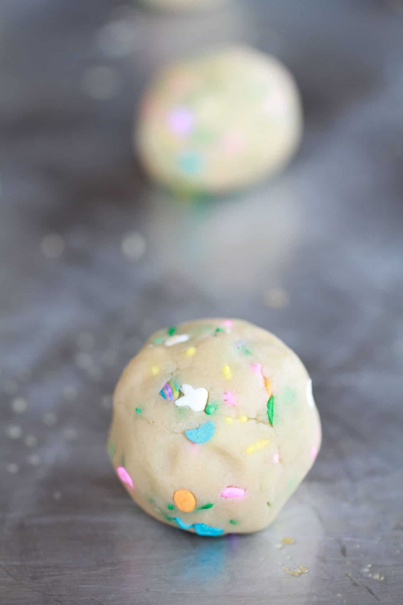 Funfetti Sandwich Cookies with Chocolate Gancahe Frosting-2