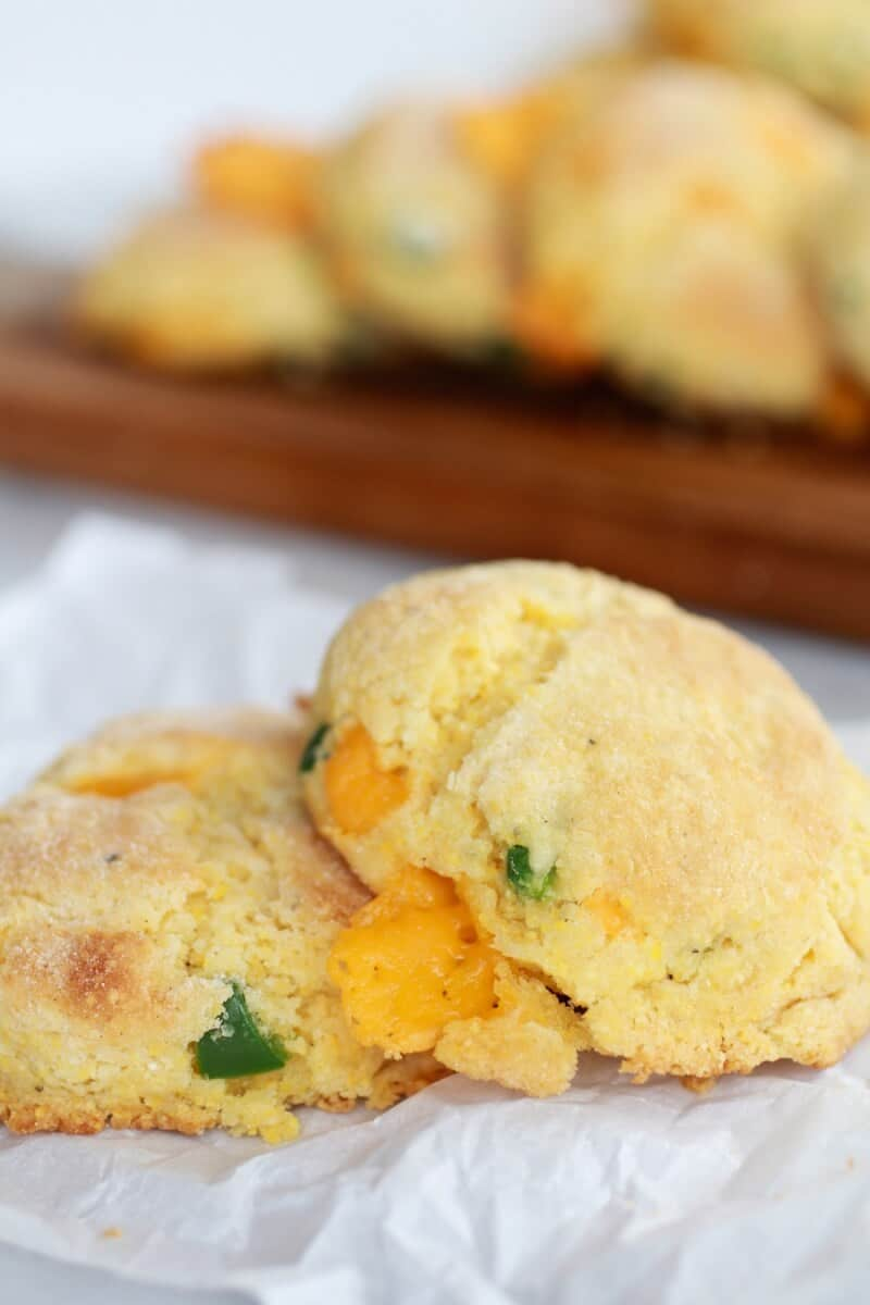 Sweet Honey Jalapeño Cheddar Cornbread Biscuits | http://www ...