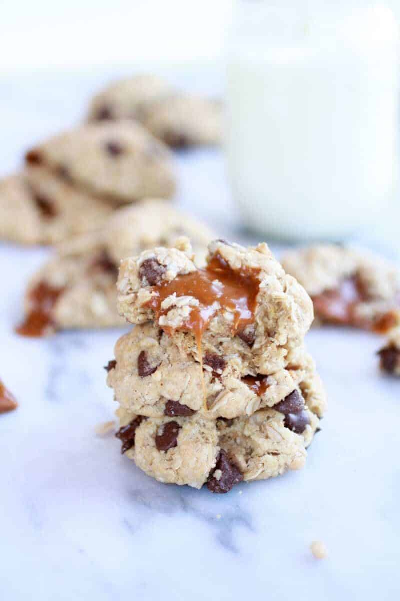 Burnt Peanut Butter Caramel Oatmeal Chocolate Chip Cookies