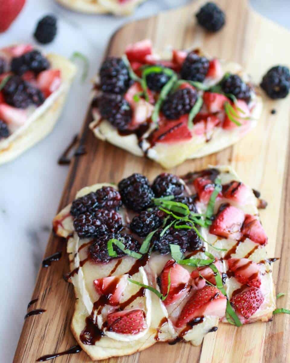 Grilled Blackberry, Strawberry, Basil and Brie Pizza Crisp | halfbakedharvest.com