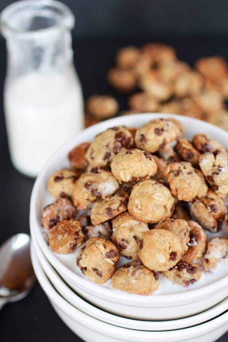 Oatmeal Chocolate Chip Cookie Cereal | halfbakedharvest.com