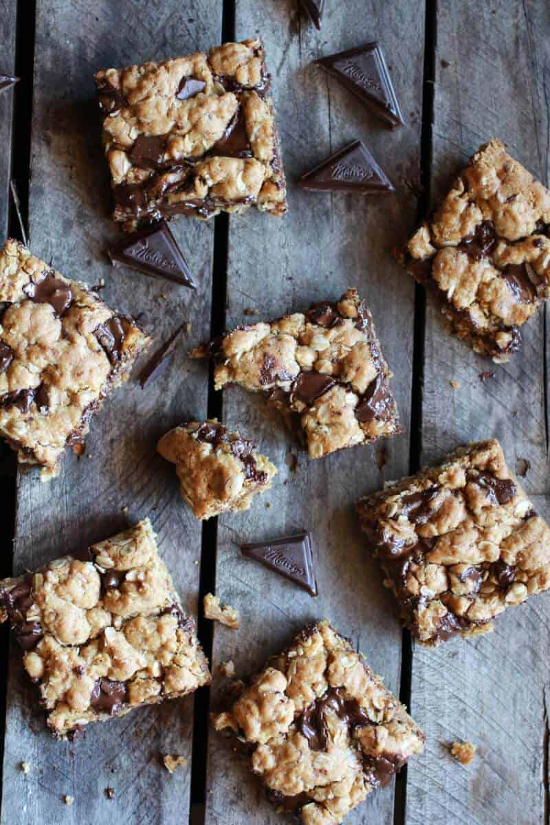 Healthy Dark Chocolate Chunk Oatmeal Cookie Bars (Idiot Proof) || halfbakedharvest.com