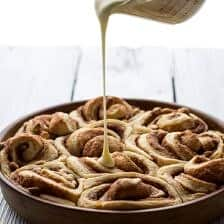 Easy Fluffy Eggnog Cinnamon Rolls
