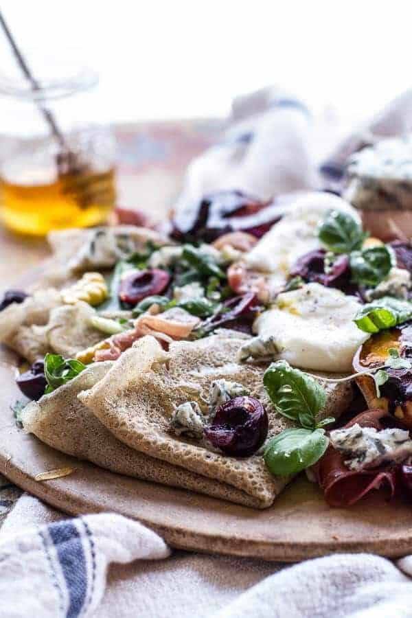 ... and gorgonzola salad berry and gorgonzola salad with crispy prosciutto