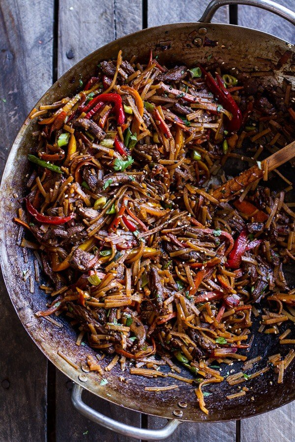 30-Minute Stir Fried Korean Beef and Toasted Sesame Noodles ...