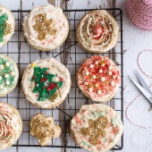 Easy Slice n Bake Vanilla Bean Christmas Sugar Cookies w-Whipped Buttercream-7