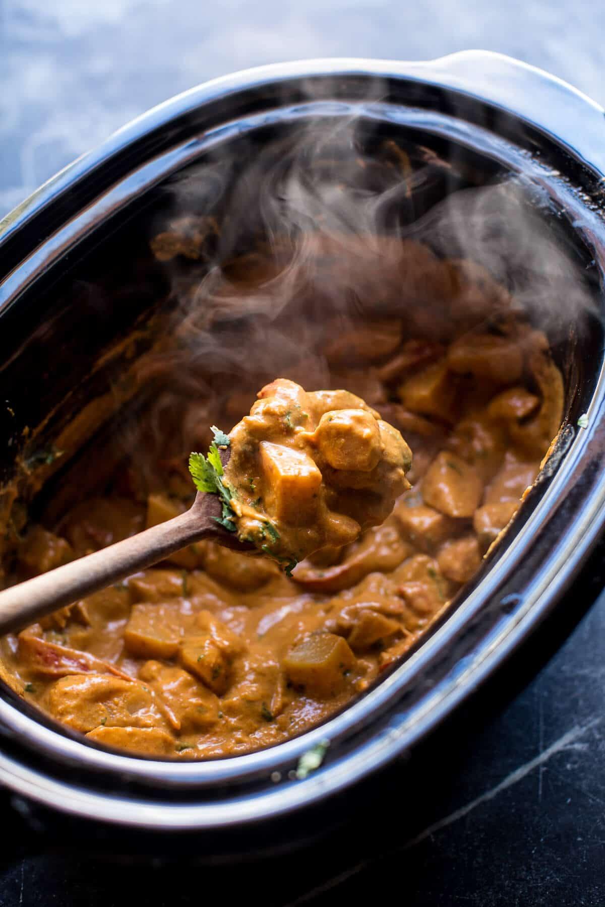 Crockpot Creamy Cashew Chicken | halfbakedharvest.com @hbharvest