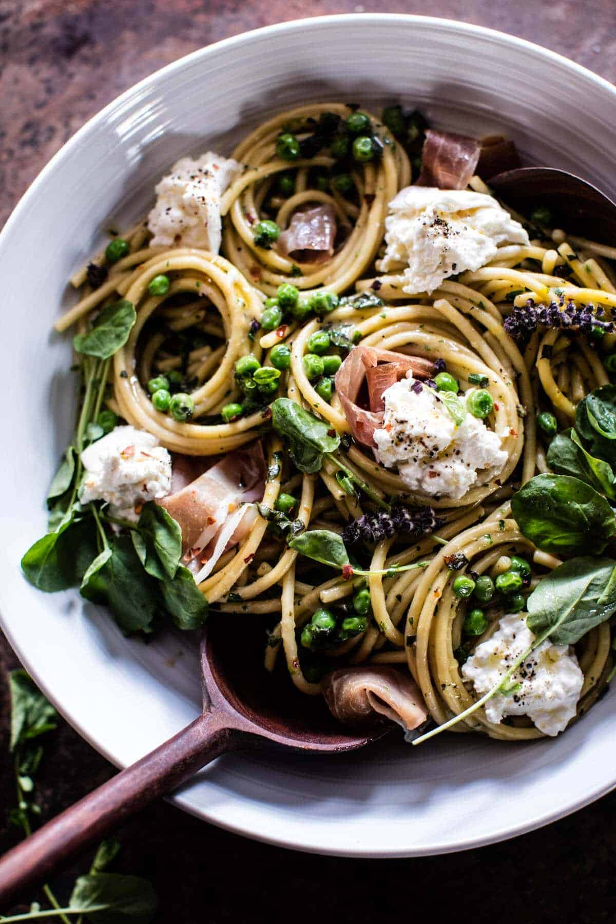 Simple Buttery Spring Pea and Burrata Pasta with Prosciutto