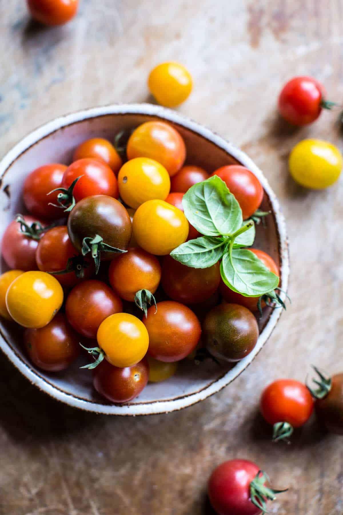 Charred Tomato Basil Chicken Florentine Pasta with Herb Butter Breadcrumbs   halfbakedharvest.com @hbharvest