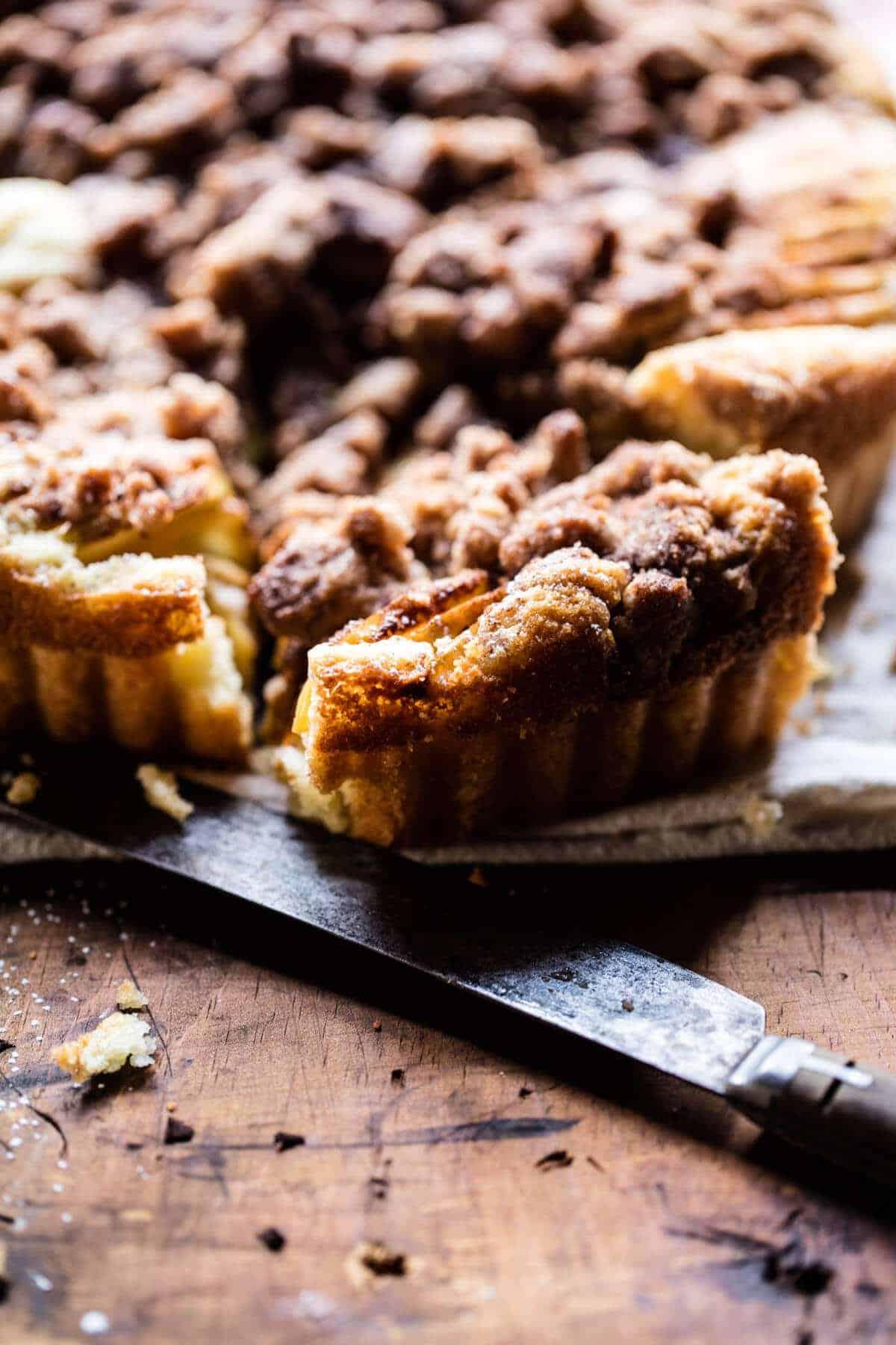 Cinnamon Apple Crumble Cake | halfbakedharvest.com @hbharvest