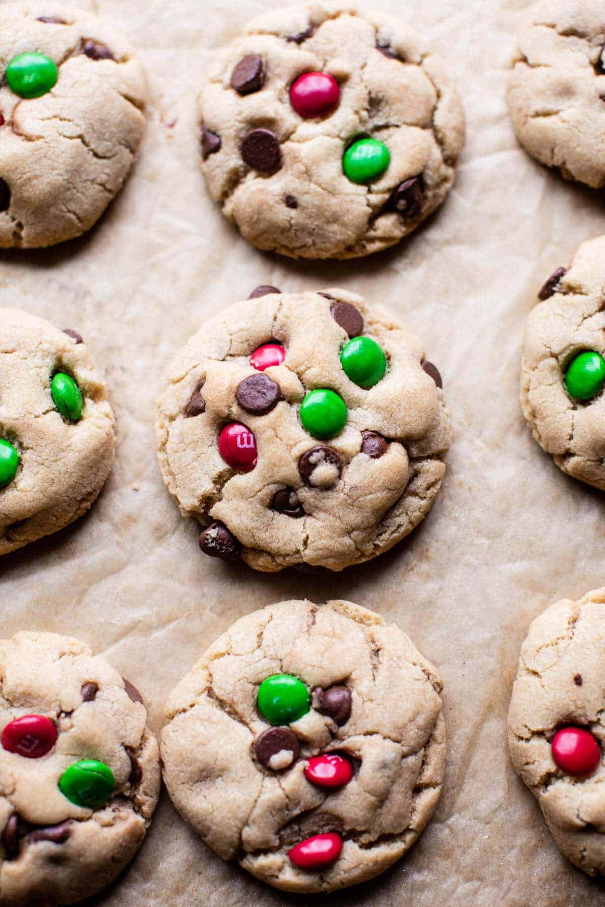 Christmas Chocolate Chip Cookies   halfbakedharvest.com @hbharvest