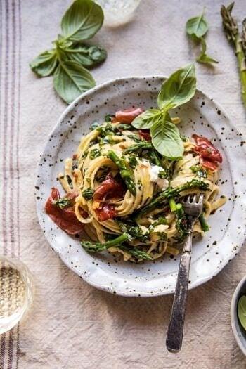 Spicy Pesto, Asparagus, and Ricotta Pasta with Crispy Prosciutto.