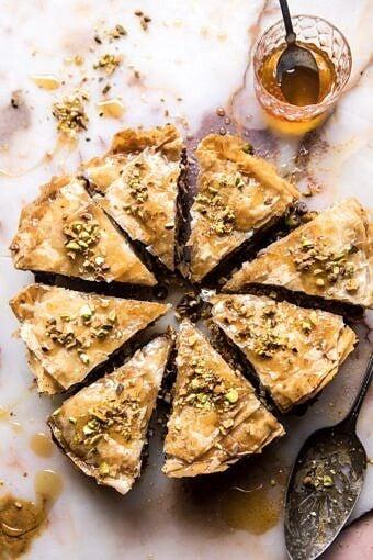 Easy Pistachio Chocolate Baklava | halfbakedharvest.com #greek #easydessert #chocolate