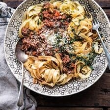 Slow Cooker Vodka Bolognese Pasta.