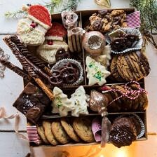 2018 Holiday Cookie Box.