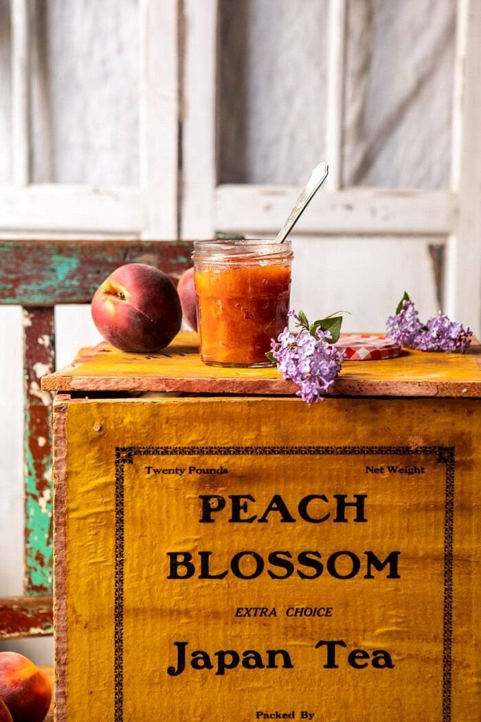 peach jam on peach box