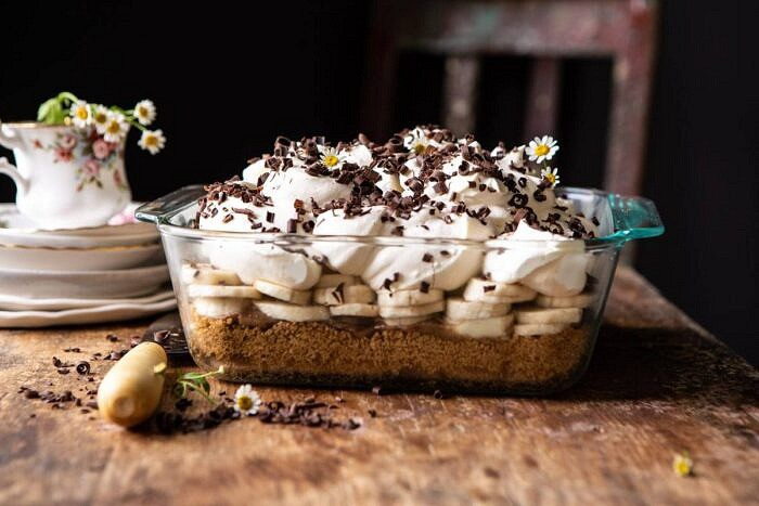 side angled horizontal photo of Healthier Banoffee Pie | halfbakedharvets.com #dessert #vegan #easyrecipes #healthy #chocolate #banana