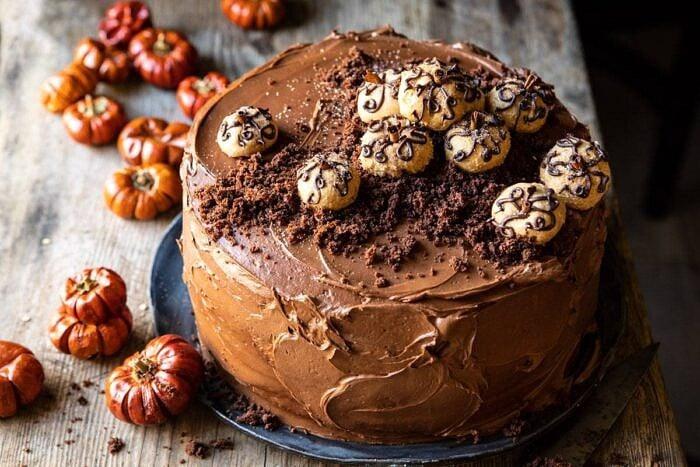 horPumpkin Patch Chocolate Peanut Butter Cake | halfbakedharvest.com #chocolatepeanutbutter #chocolatecake #peanutbutter #halloween