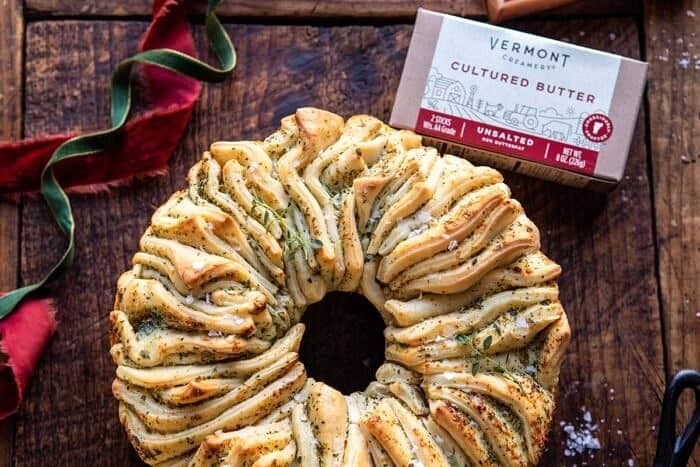 horizontal photo of Pull-Apart Garlic Butter Bread Wreath