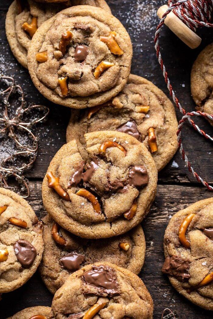 Salted Caramel Pretzel Snickerdoodles | halfbakedharvest.com #cookies #snickerdoodles #christmas