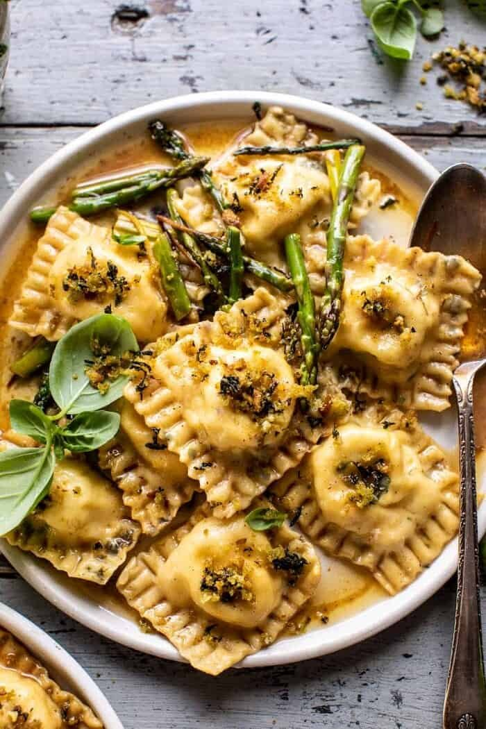 Lemon Butter Cheese Ravioli with Garlic Basil Breadcrumbs | halfbakedharvest.com