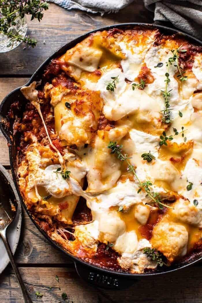 overhead photo of Simple Skillet Pesto Cheese Lasagna Roll Ups