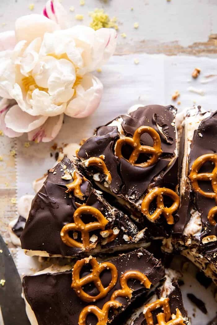 overhead close up photo of Fudgy Chocolate Peanut Butter Ice Cream Pretzel Cake