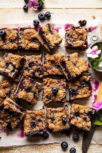 Cinnamon Sugar Blueberry Crumb Bars | halfbakedbarvest.com
