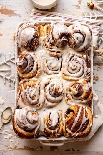 Easy Fluffy Eggnog Cinnamon Rolls.