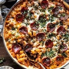 One Pot Spicy Alla Vodka Pizza Pasta.
