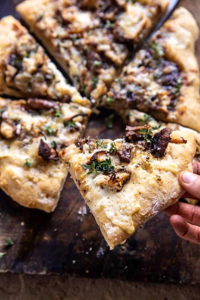 pizzapunt met hapje eruit gehaald