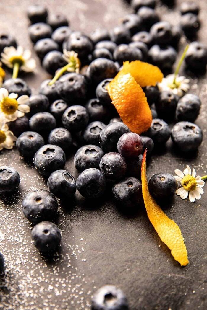 raw blueberries