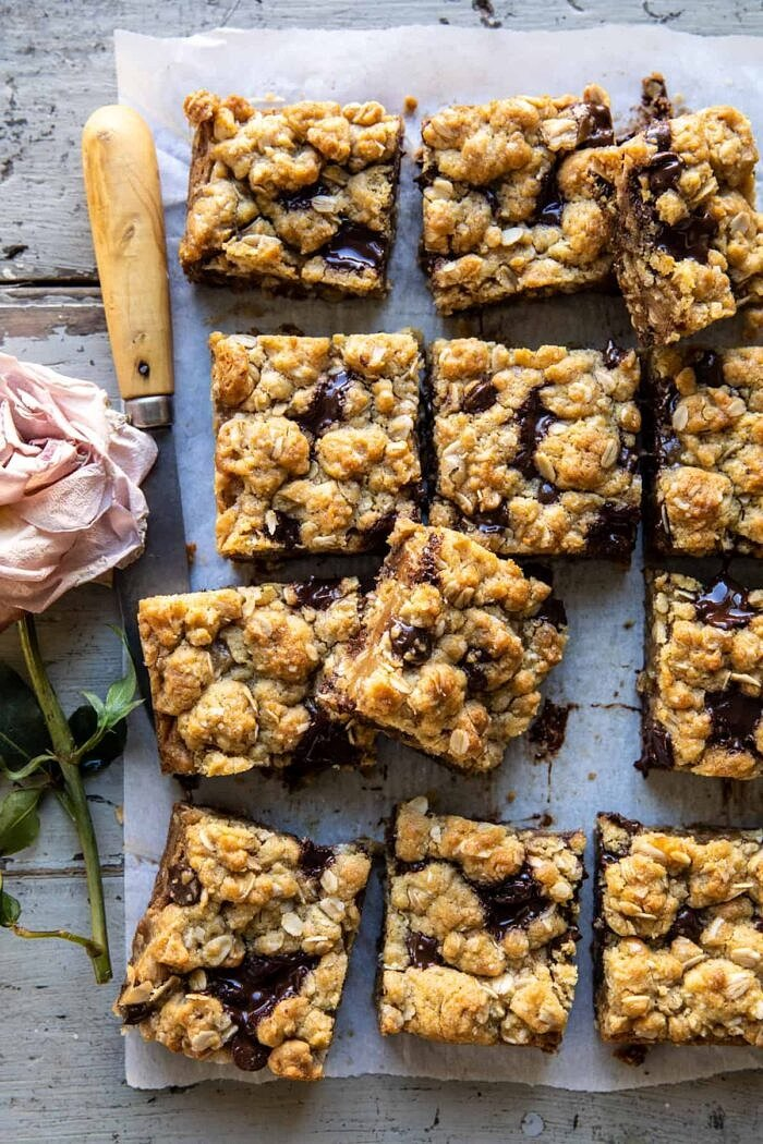 Gooey Chocolate Oatmeal Bars