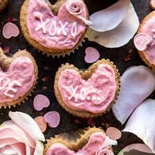 Strawberry Conversation Heart Cupcakes.