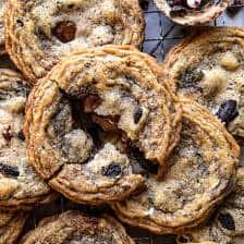 Cookies n' Cream Chocolate Chip Cookies   halfbakedharvest.com