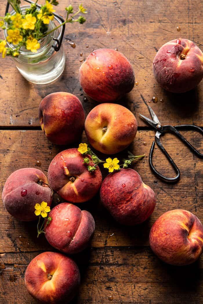 Nonnie's 5 Ingredient Peach Dump | halfbakedharvest.com